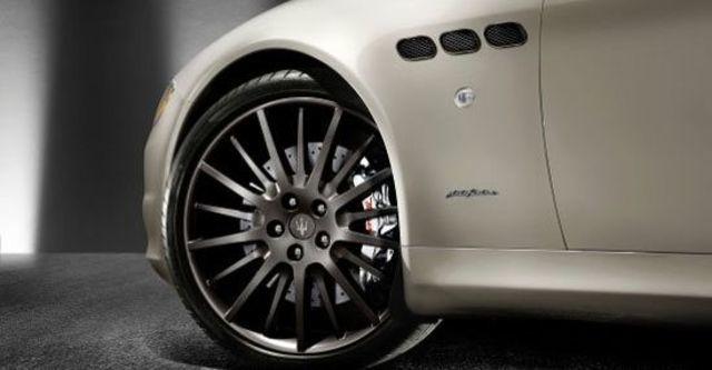 2011 Maserati Quattroporte 4.7 Sport GTS  第7張相片