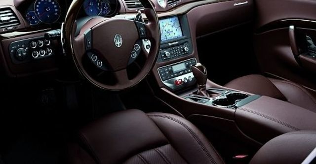 2010 Maserati GranTurismo 4.7 Red S Auto  第7張相片