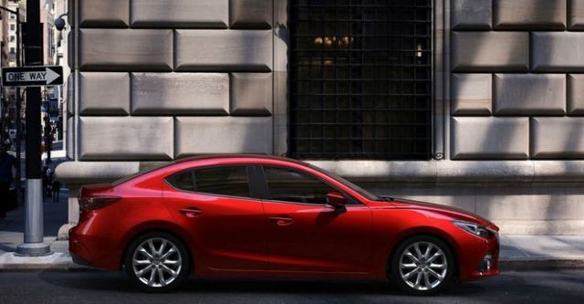 2015 Mazda 3 4D 2.0頂級型  第2張相片