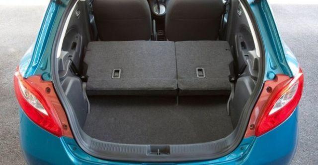 2014 Mazda 2 1.5 頂級型  第10張相片