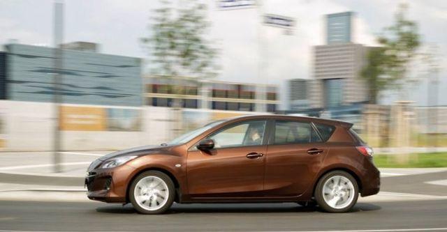 2014 Mazda 3 5D 1.6尊貴型  第8張相片