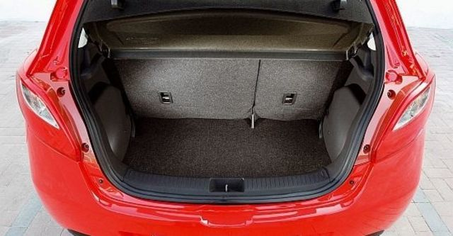 2013 Mazda 2 1.5 尊貴型  第6張相片