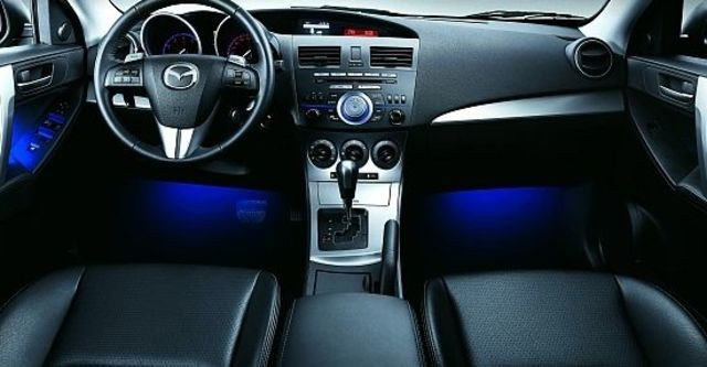 2010 Mazda 3 4D 2.0 頂級型  第5張相片