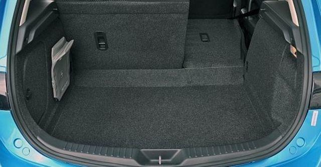 2010 Mazda 3 5D 1.6 尊貴型  第9張相片