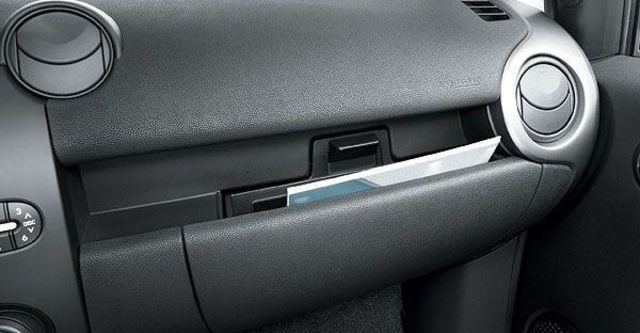 2009 Mazda 2 1.5 頂級型  第6張相片