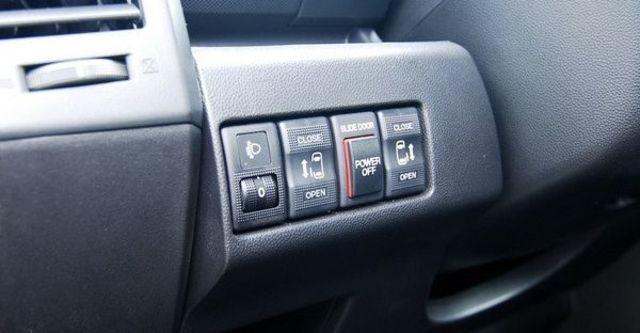 2009 Mazda 5 2.0尊榮型五人座  第18張相片