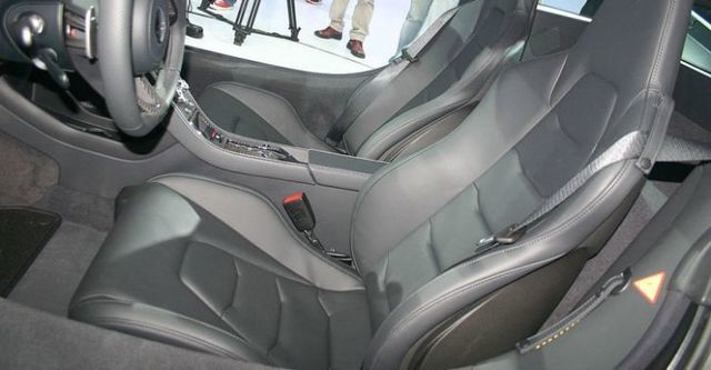 2014 McLaren 12C V8  第9張相片