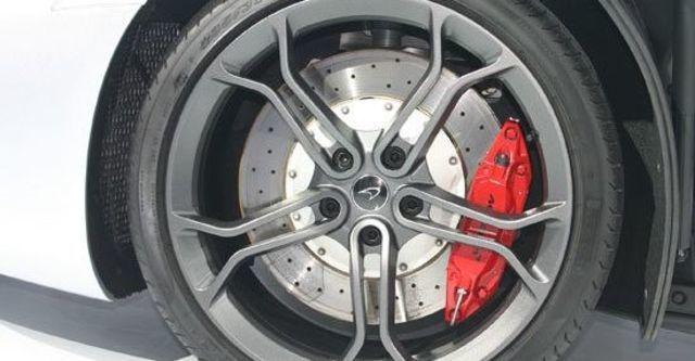2013 McLaren 12C Coupe  第4張相片