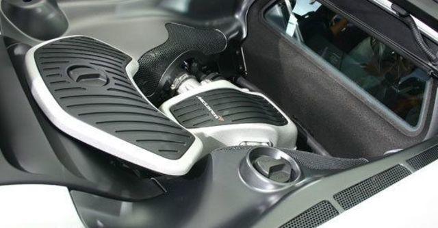 2013 McLaren 12C Coupe  第7張相片
