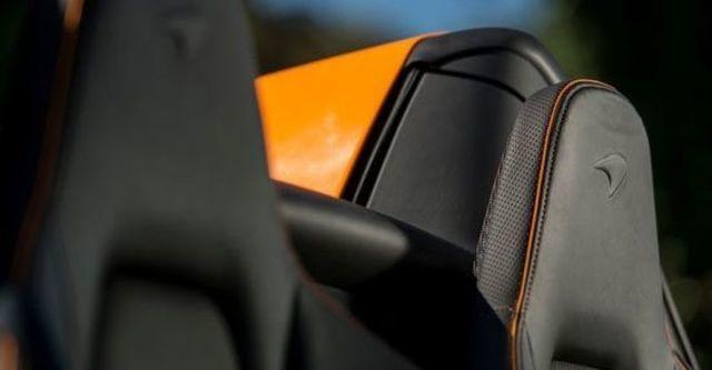 2013 McLaren 12C Spider V8  第4張相片