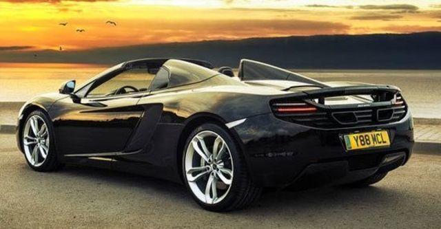2013 McLaren 12C Spider V8  第6張相片