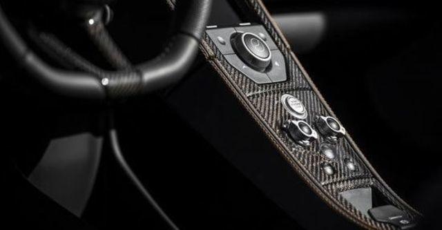 2013 McLaren 12C Spider V8  第11張相片
