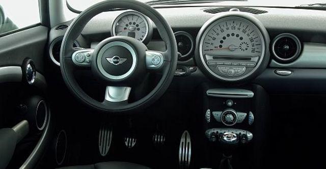 2010 Mini Cooper S  第8張相片
