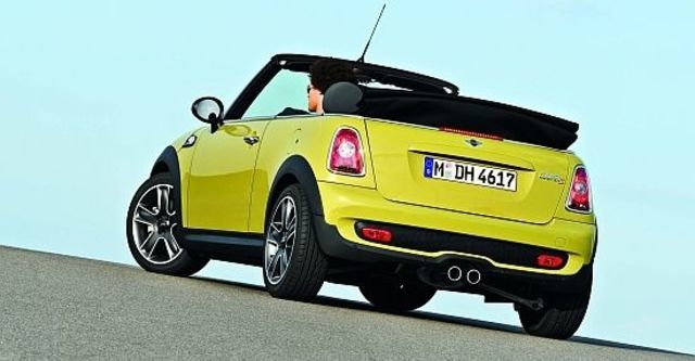 2010 Mini Cooper Cabrio S  第4張相片