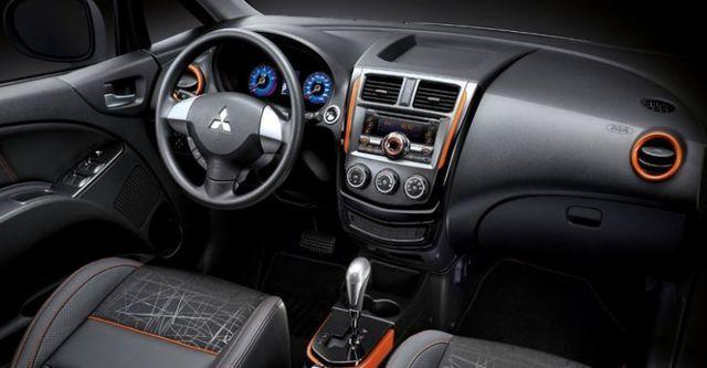 2015 Mitsubishi Colt Plus X-Sports跨界尊貴型  第6張相片