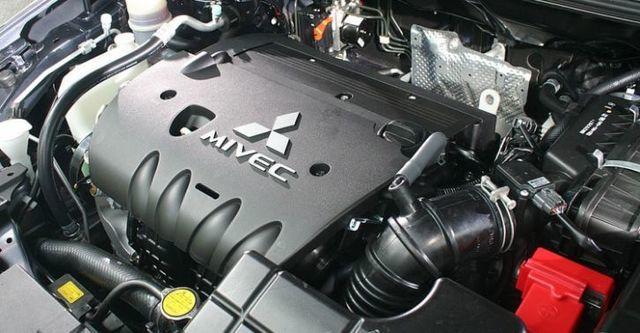 2015 Mitsubishi Lancer Fortis 1.8經典型  第5張相片