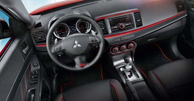 2015 Mitsubishi Lancer iO 1.8勁動型  第10張相片
