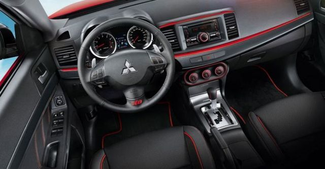 2015 Mitsubishi Lancer iO 1.8悍動型  第6張相片