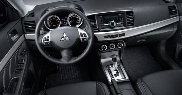 2014 Mitsubishi Lancer(NEW) Fortis 1.8豪華型  第9張相片
