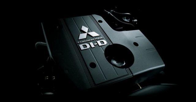 2014 Mitsubishi Pajero三門款 3.2 D  第6張相片
