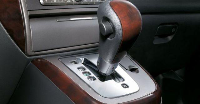 2014 Mitsubishi Savrin 2.4豪華型五人座  第8張相片