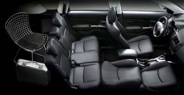 2013 Mitsubishi Outlander 2.4 2WD豪華型  第5張相片