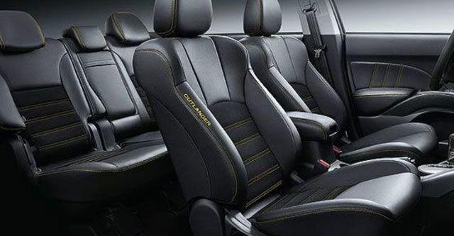2013 Mitsubishi Outlander iO 2WD  第11張相片