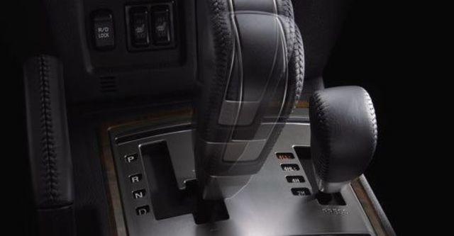 2013 Mitsubishi Pajero 3.8  第7張相片