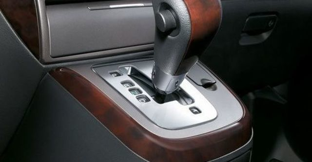 2013 Mitsubishi Savrin 2.4豪華型四人座  第12張相片