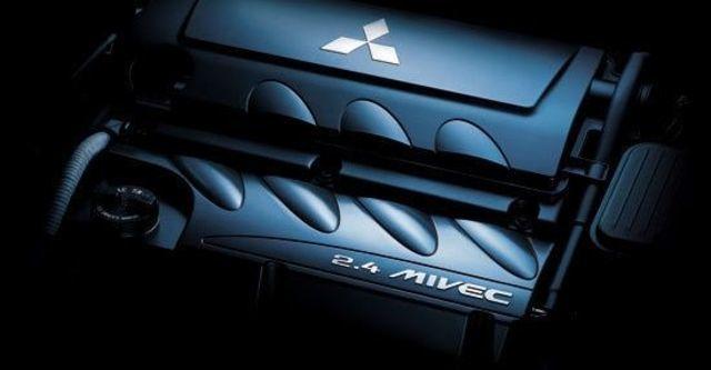 2012 Mitsubishi Grunder 2.4 SEi經典型  第11張相片