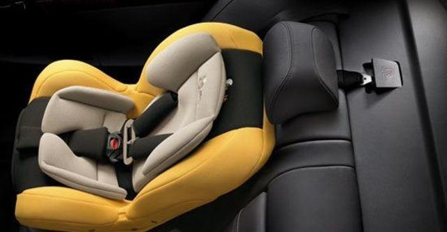 2012 Mitsubishi Lancer Fortis 1.8經典型  第8張相片