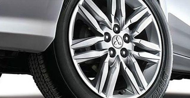 2012 Mitsubishi Outlander iO 4WD  第14張相片