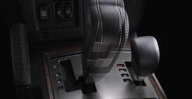 2012 Mitsubishi Pajero 3.8  第7張相片