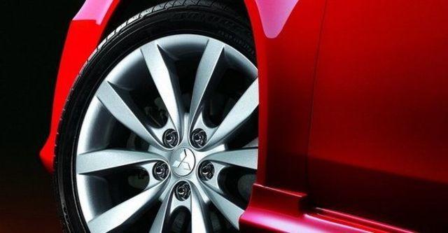 2011 Mitsubishi Lancer iO 2.0  第6張相片
