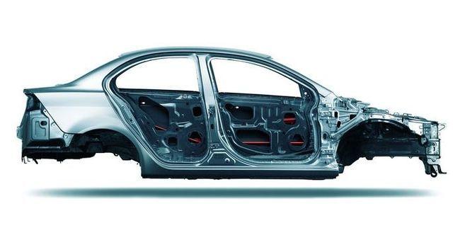 2010 Mitsubishi Lancer Fortis 1.8豪華型  第4張相片