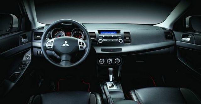 2010 Mitsubishi Lancer Fortis 1.8進階型  第6張相片