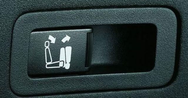 2010 Mitsubishi Outlander 2.4 2WD經典型  第10張相片