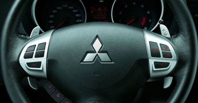 2010 Mitsubishi Outlander 2.4 4WD旗艦型  第14張相片