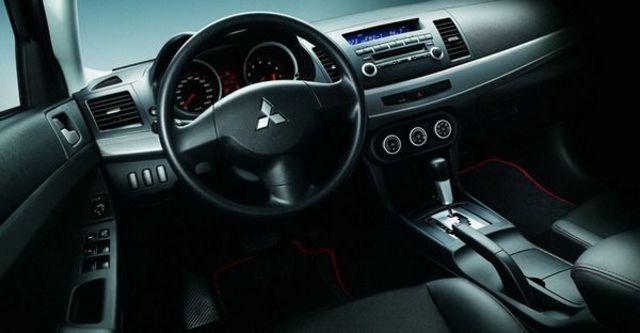 2009 Mitsubishi Lancer Fortis 1.8空力勁裝版  第5張相片