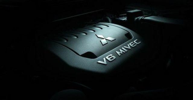 2009 Mitsubishi Outlander 3.0  第5張相片