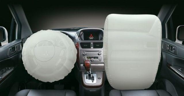 2009 Mitsubishi Savrin 2.4旗艦型 六人座  第5張相片