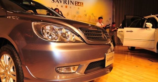 2009 Mitsubishi Savrin Inspire 2.4 雅致型 五人座  第4張相片