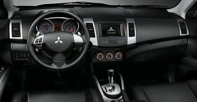 2008 Mitsubishi Outlander 2.4 4WD尊貴型  第5張相片