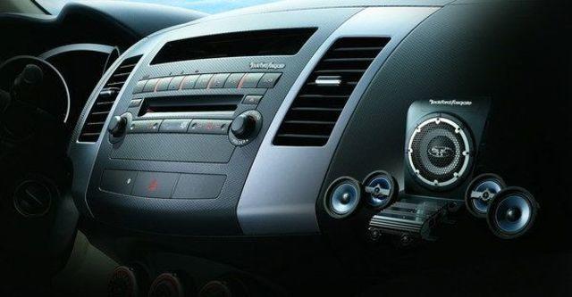 2008 Mitsubishi Outlander 3.0  第6張相片