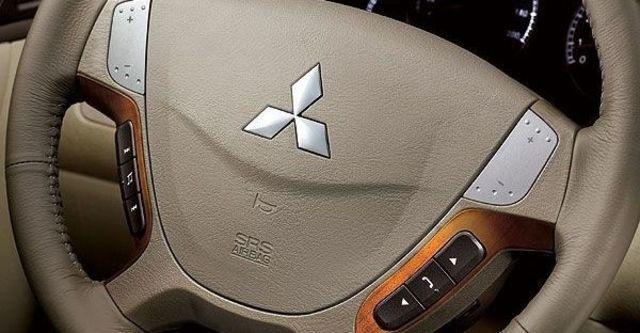 2008 Mitsubishi Savrin 2.4 EXi 旗艦型  第5張相片