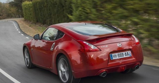 2015 Nissan 370Z Coupe 3.7  第6張相片
