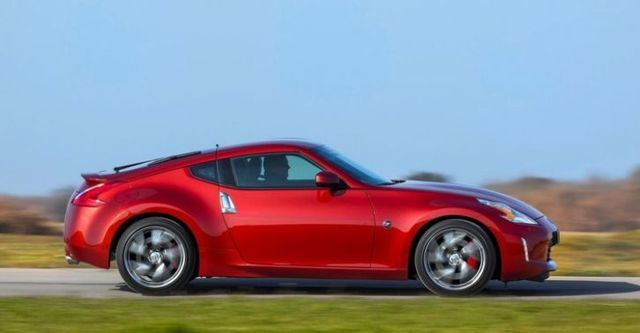 2015 Nissan 370Z Coupe 3.7  第7張相片