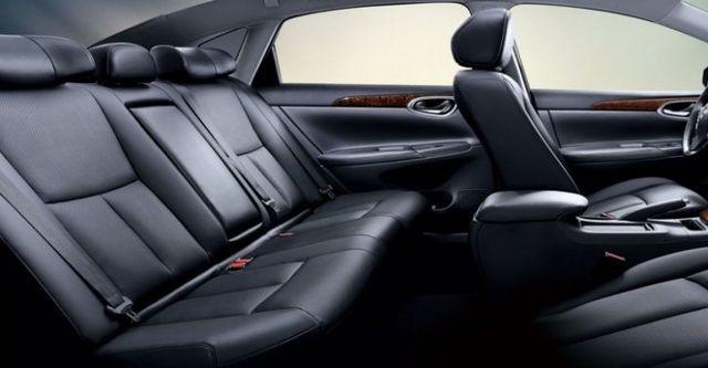 2015 Nissan Sentra 1.8 豪華影音版  第7張相片