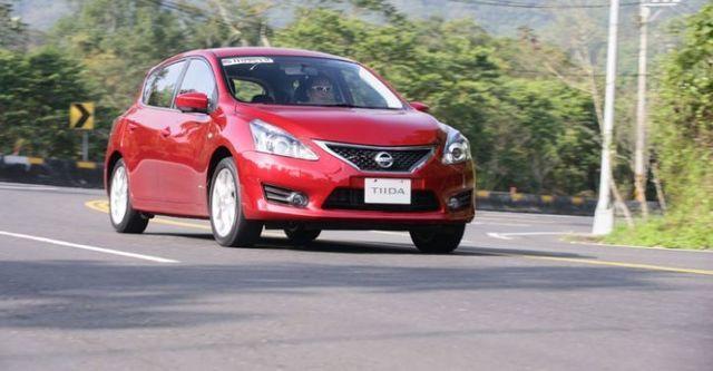 2015 Nissan Tiida 5D Turbo豪華版  第6張相片