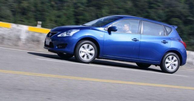 2015 Nissan Tiida 5D 旗艦版  第4張相片